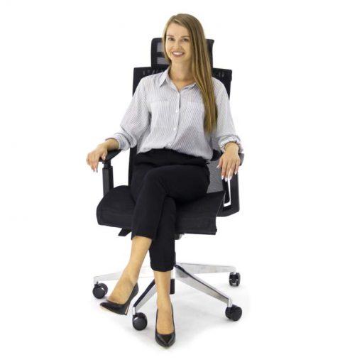 Ergonomiczny fotel biurowy Ergosolid Nario-300 czarny